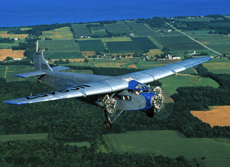 Hermosa fotografía de un ejemplar superviviente. Se trata de un 4-AT-E conservado por la Experimental Aircraft Association