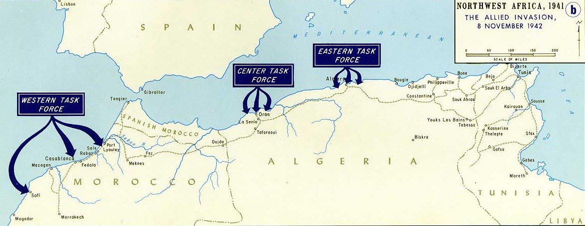 Mapa de los desembarcos durante la Operación Torch, efectuados simultáneamente en Casablanca, Orán y Argel. El Protectorado español está en medio de los desembarco, lo que explica el continuo sobrevuelo de aviones aliados por el espacio aéreo español (Fuente: US Army)