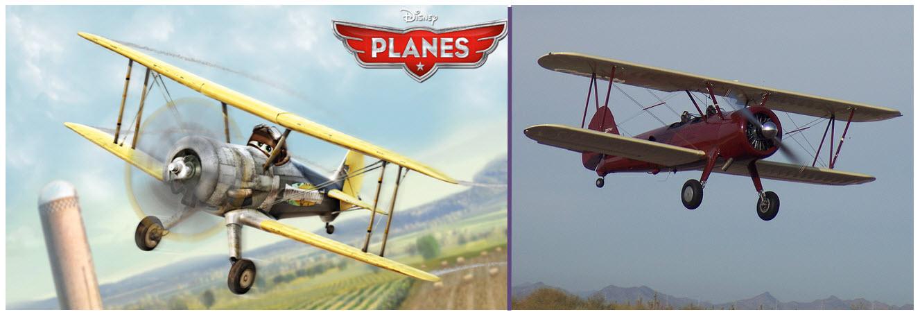 LeadBottom y un Stearman restaurado original. Existieron múltiples versiones de este dócil y robusto aeroplano (fuente: Disney)