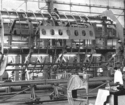 Fabricación del fuselaje delantero del Dassault Mercure en la factoría de CASA en Tablada (www.jaon.es)