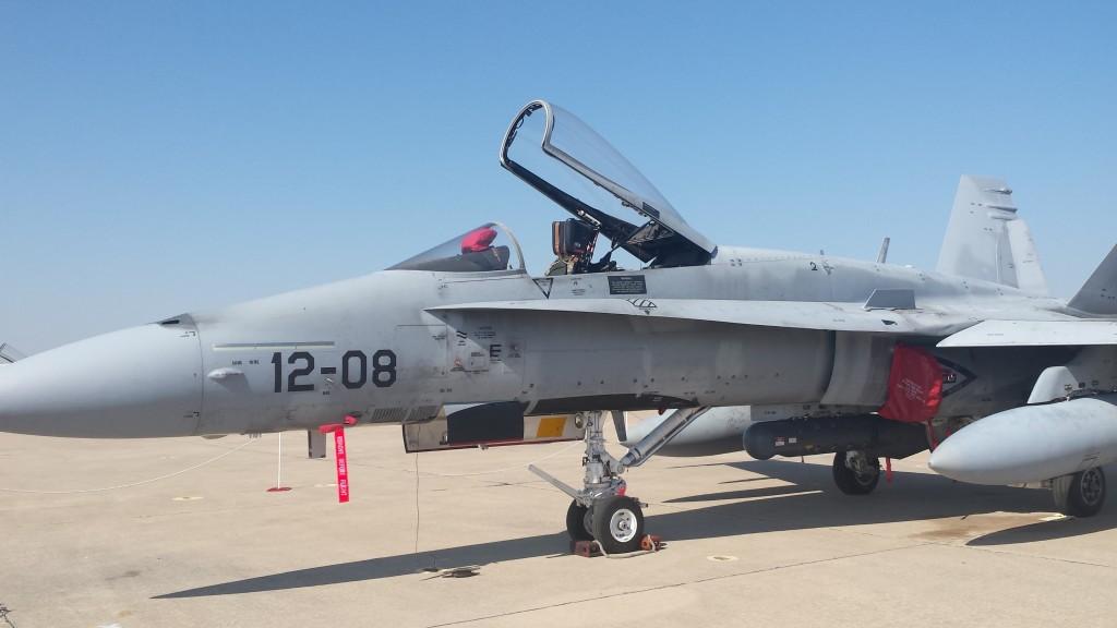 McDonnell Douglas EF-18M perteneciente al Ala 12 de Torrejón.