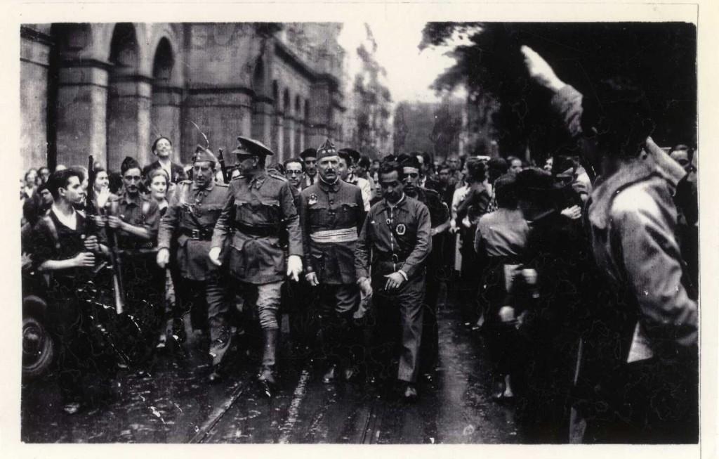 El General Mola entra, el 13 de septiembre de 1936, en San Sebastián (Biblioteca de Koldo Mitxelena Kulturunea/Diputación Foral de Guipúzcoa)