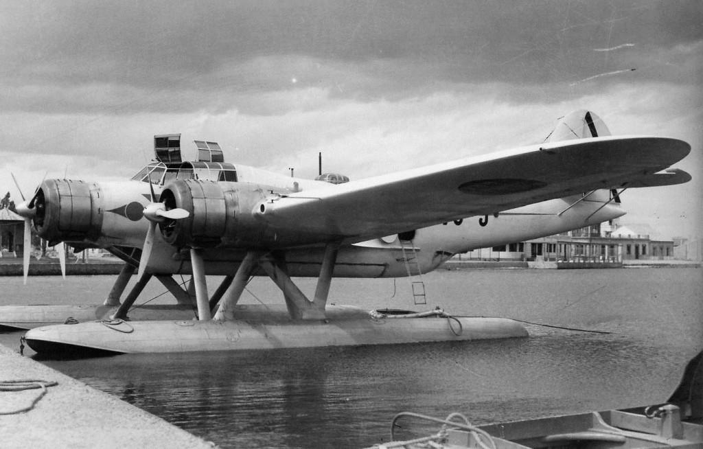Uno de los hidroaviones CANT Z.506B, matrícula 73-3 en la Base Aérea de Los Alcázares, Murcia, hacia 1940 (Francisco Andreu / Aviationcorner.net)